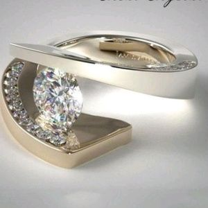 Engagement/ cocktail ring